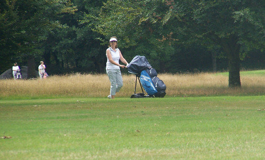 Fiona Flanagan on the course